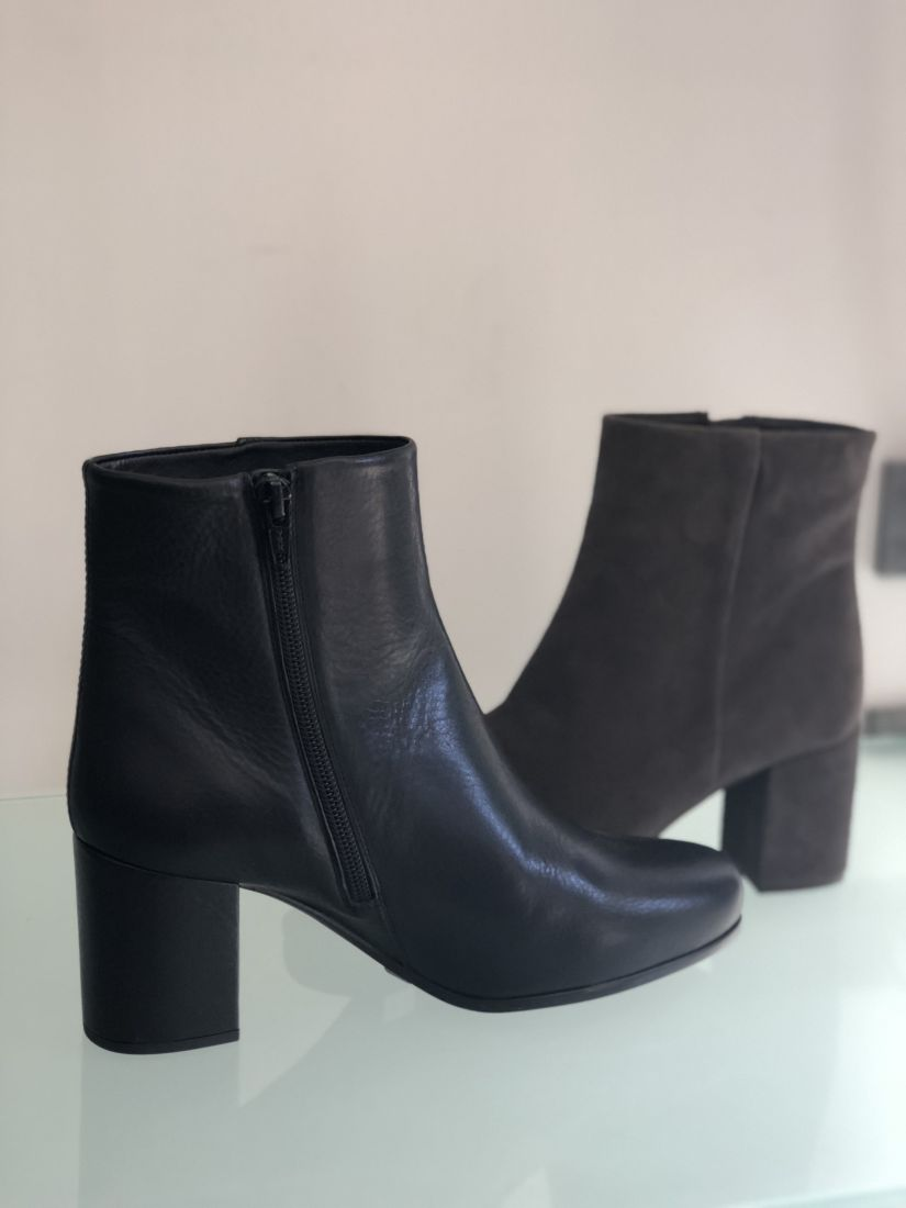 Bottine Porter Karisi Talon Carré Féminin Unisa Prêt Petit À PBr6qP